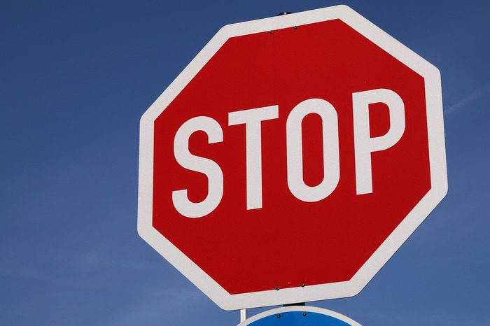 stop-3437300_1920.jpg